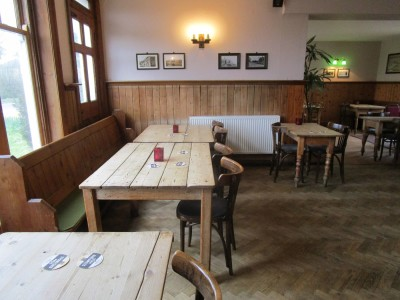 A281 dog-friendly pub and dog walk near Henfield, West Sussex - Driving with Dogs