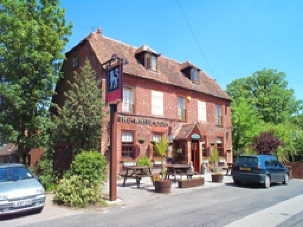 M2 Junction 6 dog-friendly pub near Faversham, Kent - Dog walks in Kent