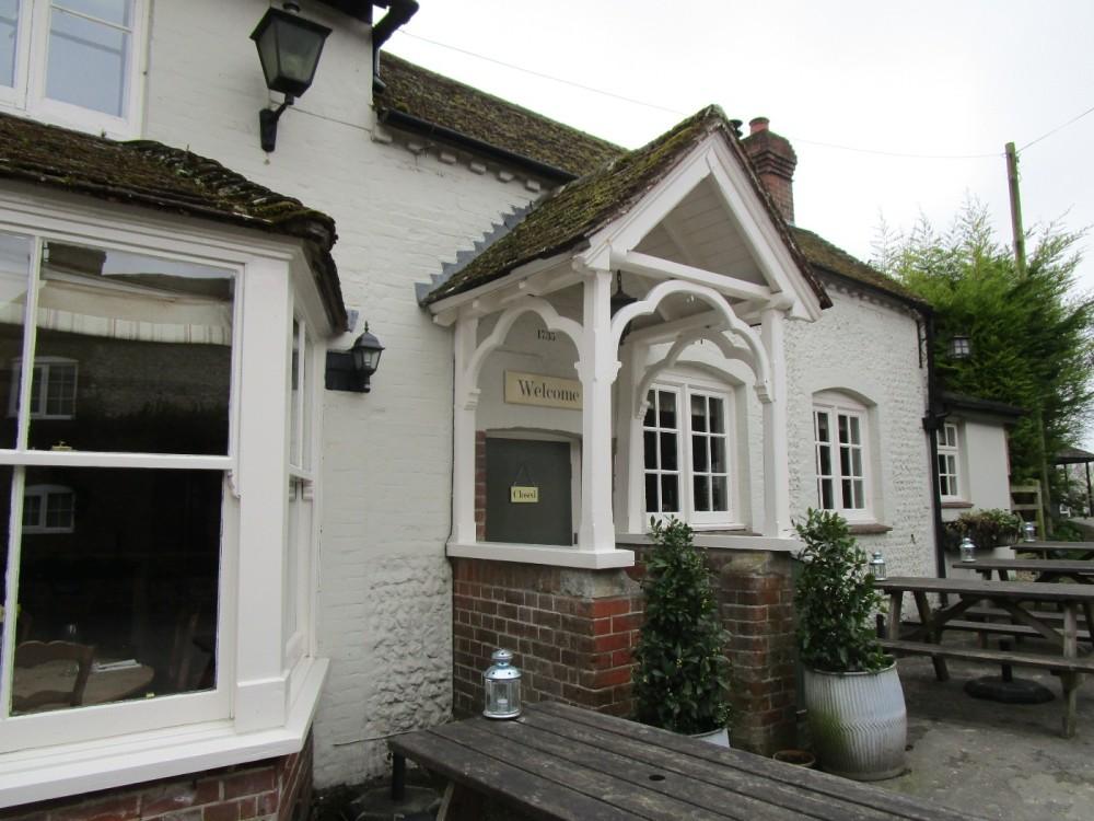 South Downs dog walk and dog-friendly pub, West Sussex - Dog walks from dog-friendly pubs in Sussex.JPG