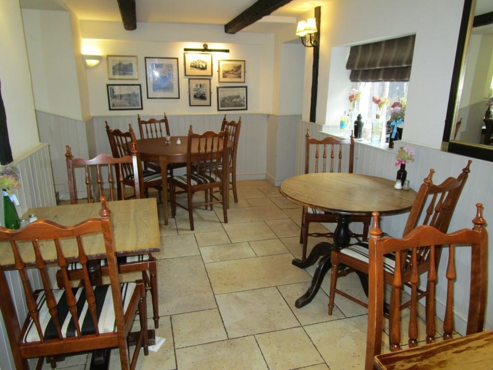 A429 pretty Cotswold village and dog-friendly pub, Gloucestershire - Gloucestershire dog walk and dog-friendly pub.JPG