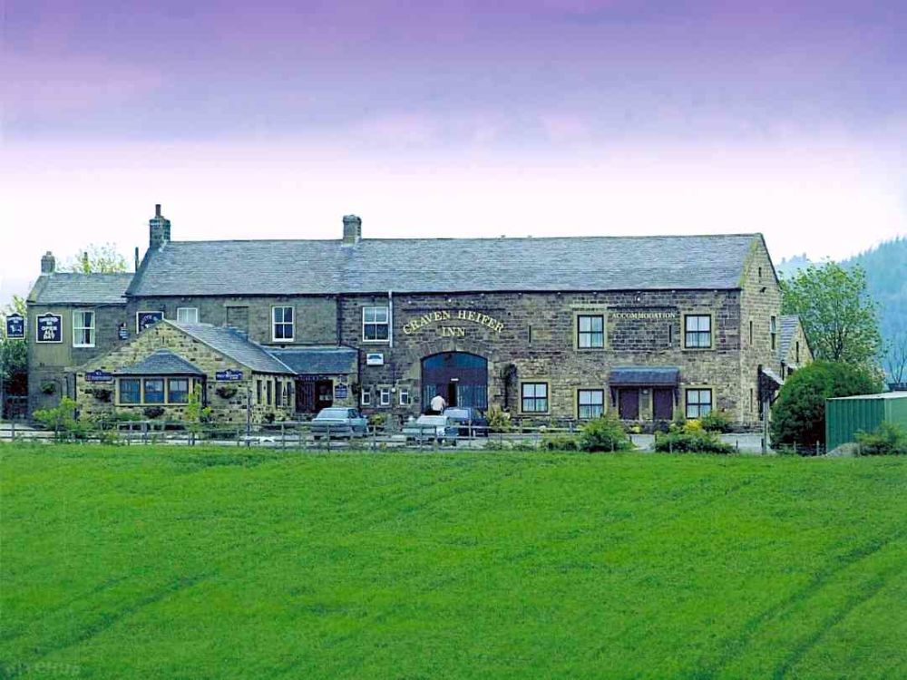 Dog-friendly inn with dog-friendly B&B in the Dales, North Yorkshire - Yorkshire dog-friendly accommodation.jpg