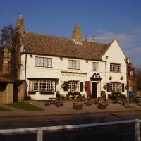 M1 Junction 27 dog walk and dog-friendly pub, Nottinghamshire - Dog walks in Nottinghamshire