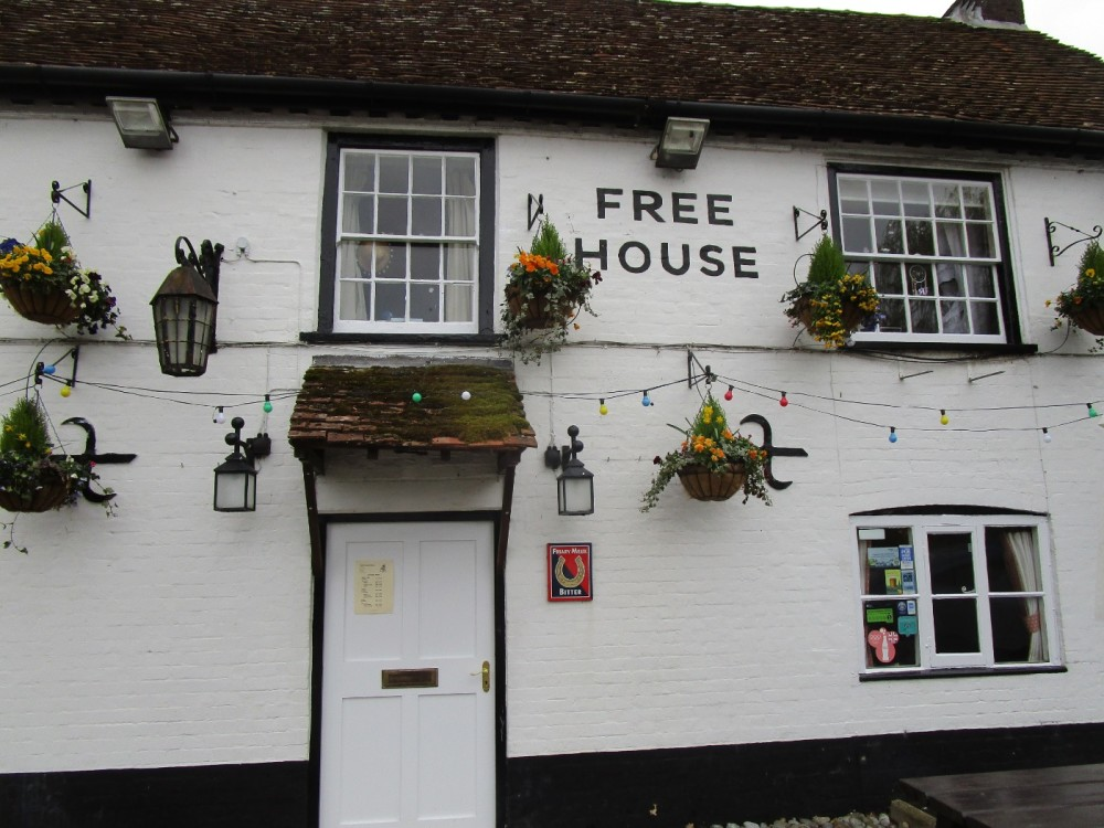 A285 dog-friendly pub and hard-surface walk, West Sussex - Sussex dog-friendly pubs with dog walks.JPG