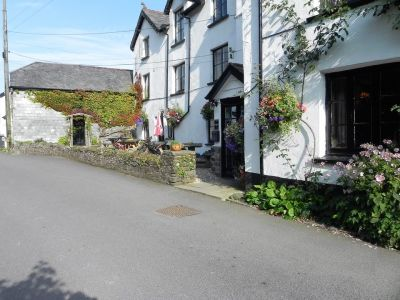 A39 dog-friendly pub with B&B and dog walk on Exmoor, Devon - Driving with Dogs