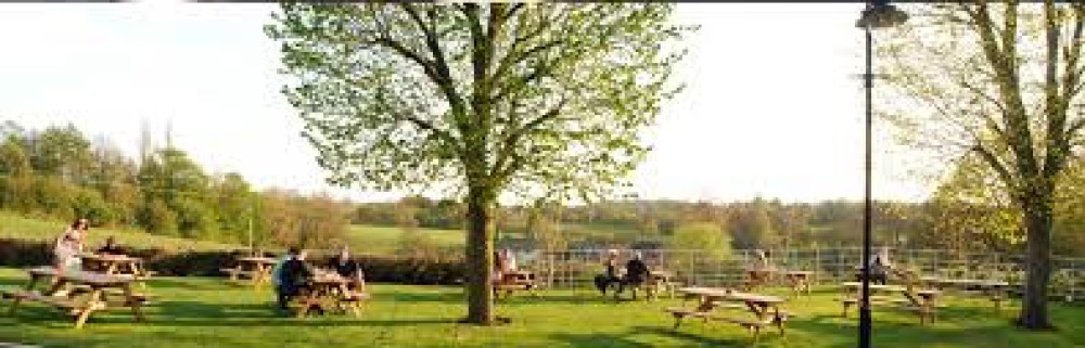 Mottram Cross dog walk and dog-friendly pub, Cheshire - dog-friendly Cheshire.jpg