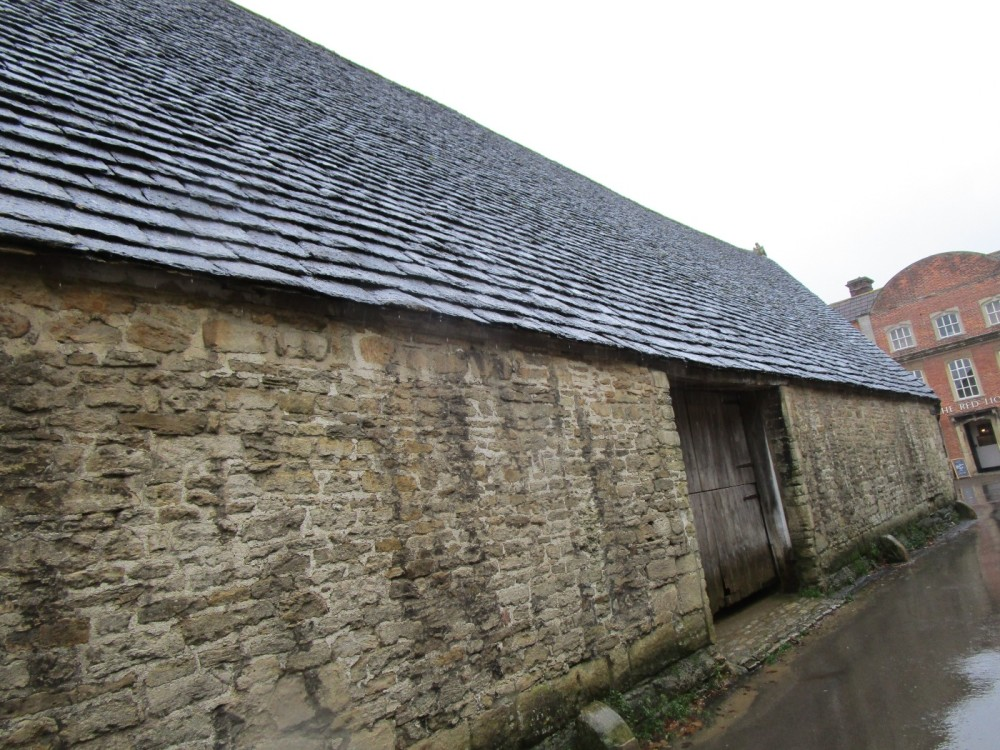 A350 historic village and dog-friendly pubs, Wiltshire - IMG_6134.JPG