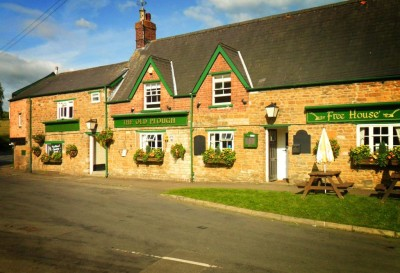 Dog-friendly inn near Oakham with B&B and walks from the door, Rutland - Driving with Dogs