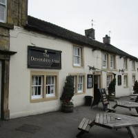 White Peak dog-friendly pub and short dog walk, Derbyshire - Peak District dog-friendly pub and dog walk