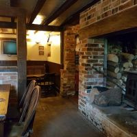 A340 dog-friendly pub and dog walk near Basingstoke, Hampshire - Hampshire dog-friendly pub and dog walk