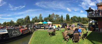M42 Junction 10 Dog walk and dog-friendly pub, Staffordshire - Driving with Dogs
