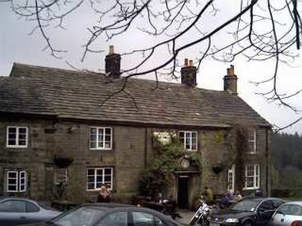 Strines dog-friendly pub and walk near Sheffield, Yorkshire - Dog walks in Yorkshire
