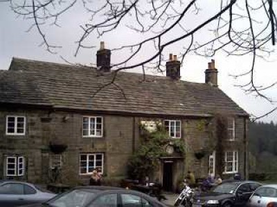Strines dog-friendly pub and walk near Sheffield, Yorkshire - Driving with Dogs