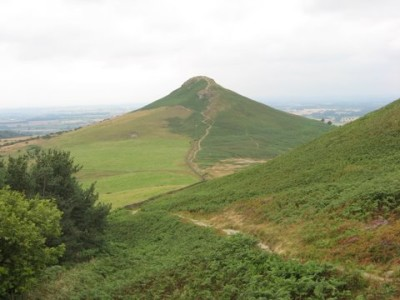 Roseberry Topping dog walk, Yorkshire - Driving with Dogs