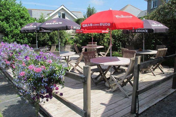 A381 dog-friendly pub and dog walk near Salcombe, Devon - Devon dog-friendly pubs.jpg