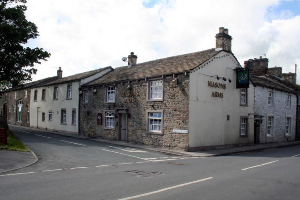 Dog walks and dog-friendly pub near Skipton, Yorkshire - Dog walks in Yorkshire