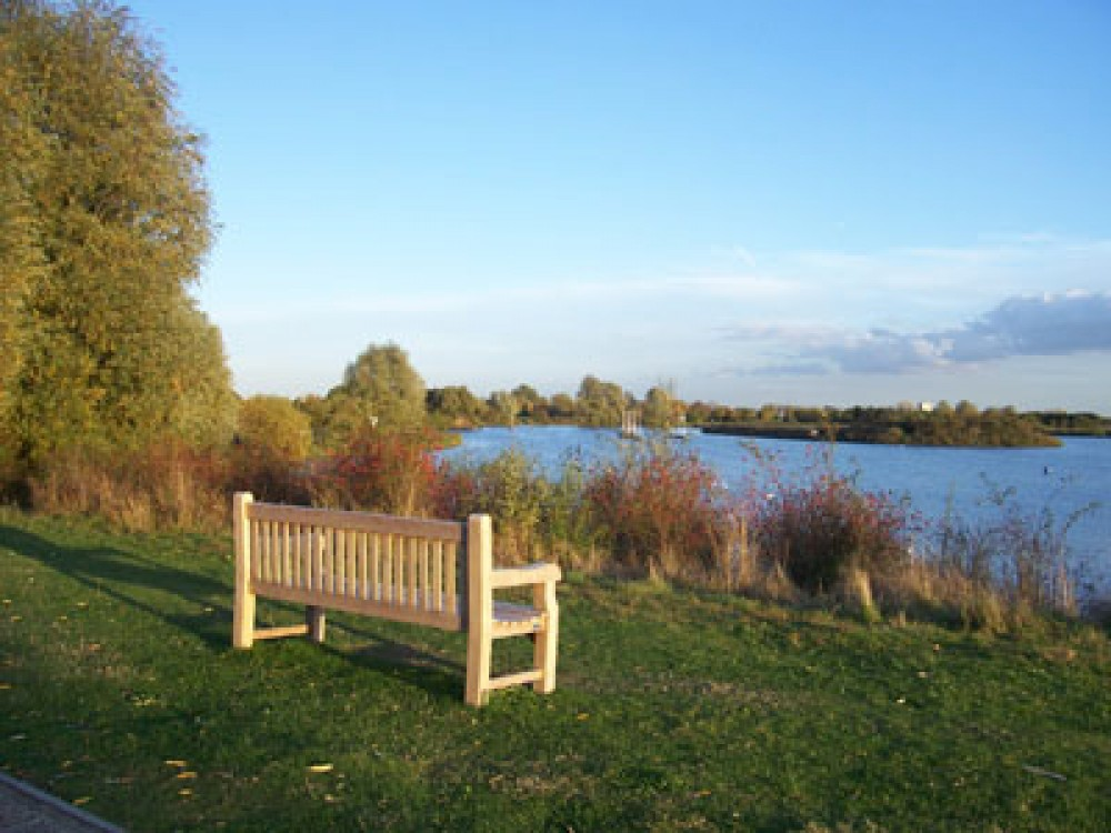 Fairlop Water dog walks, Essex - Dog walks in Essex