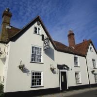 Lynsted dog-friendly pub, Kent - Kent dog-friendly pubs with dog walks