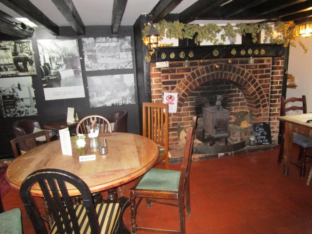 A264 dog-friendly pub near Tonbridge Wells, Kent - Kent dog-friendly pub and dog walk.JPG