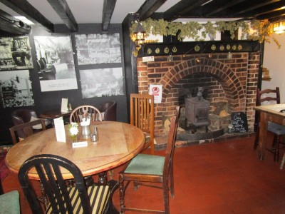 A264 dog-friendly pub near Tonbridge Wells, Kent - Driving with Dogs