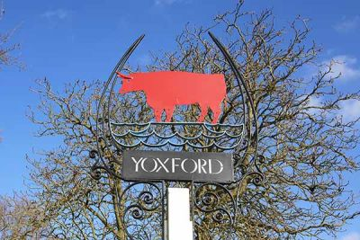 A12 dog-friendly pub and dog walk near Yoxford, Suffolk - Driving with Dogs