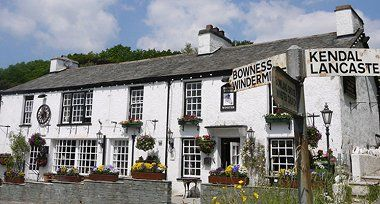Dog-friendly inn and dog walk near Windermere, Cumbria - Cumbria dog-friendly pub and dog walk