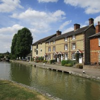 M1 Junction 15 dog walk and dog-friendly pub, Northamptonshire