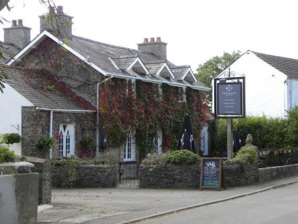 A477 Dog-friendly pub and gentle dog walk in Pembrokeshire, Wales - Pembrokeshire dog-friendly pubs and dog walks.jpg