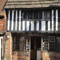 A27 Historic town dog walks and refreshments, East Sussex - Sussex dog-friendly pub with dog walk.JPG