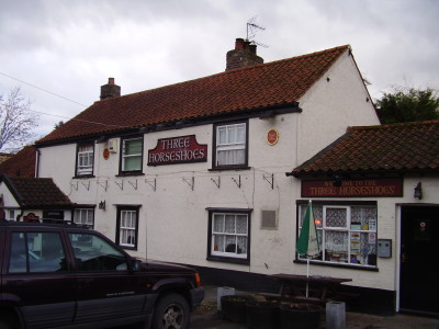 Comberton dog-friendly pub and dog walk, Cambridgeshire - Driving with Dogs