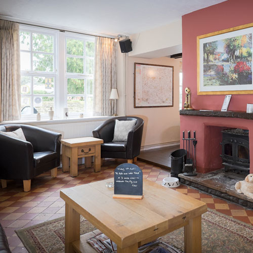 A37 dog-friendly inn near Yeovil, Dorset - snug-bar2.jpg