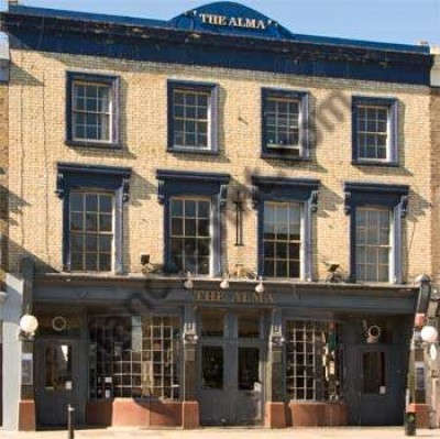 Islington dog-friendly pub, Greater London - Driving with Dogs