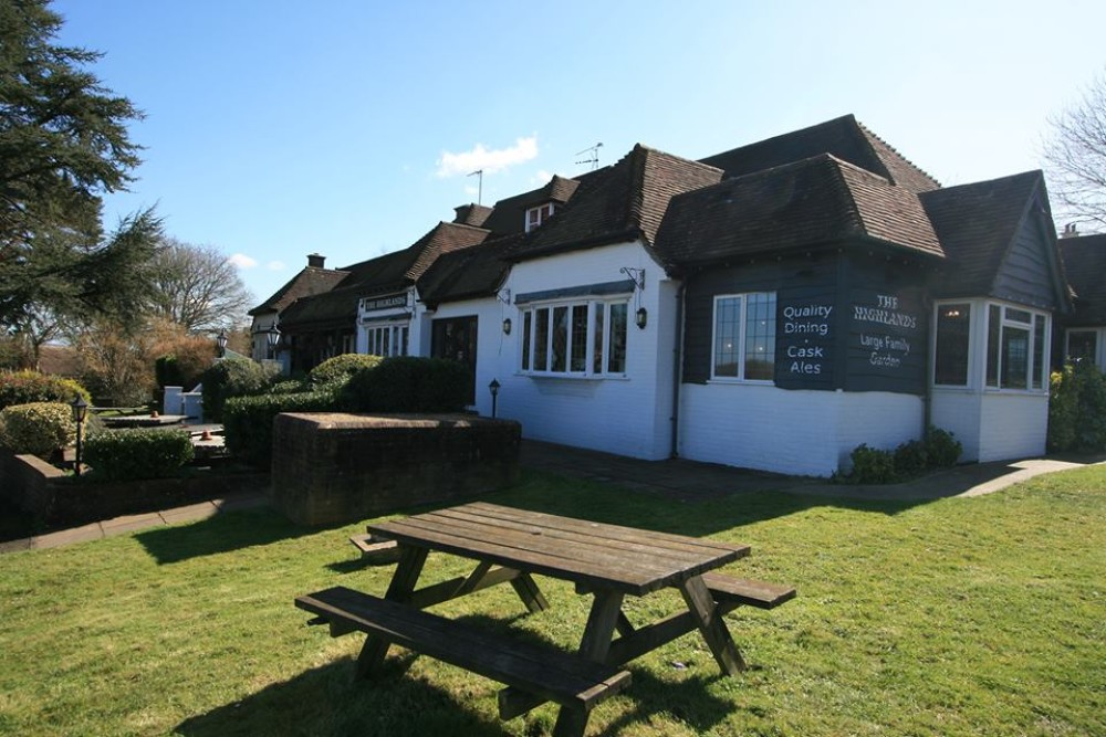 A22 Uckfield dog-friendly pub, East Sussex - Sussex dog-friendly pub and dog walk