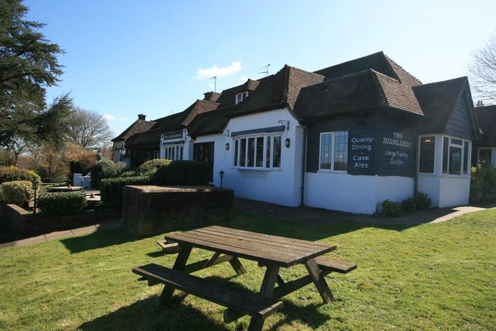 A22 Uckfield dog-friendly pub, East Sussex - Sussex dog-friendly pub and dog walk