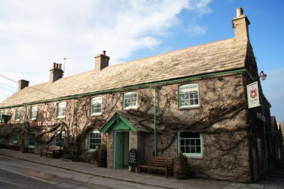 Purbeck dog-friendly pub and walk, Dorset - Driving with Dogs
