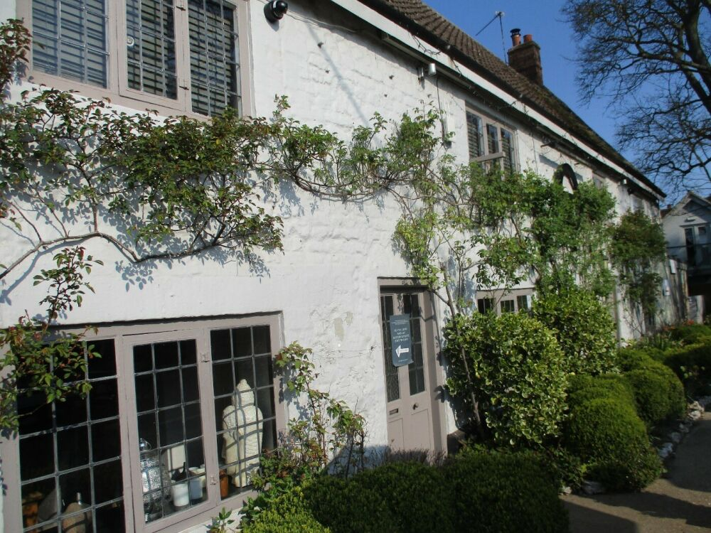 A149 dog-friendly dining pub with rooms, near Hunstanton, Norfolk - Norfolk dog-friendly dining pub with rooms.JPG