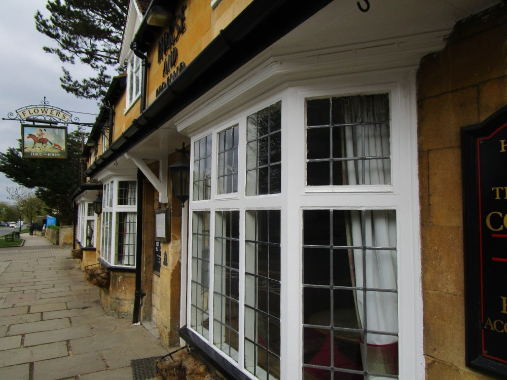 Broadway dog-friendly pub and dog walk, Worcestershire - Worcestershire dog-friendly pubs and walks.JPG