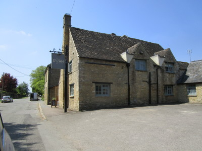A361 dog-friendly pub and dog walk, Oxfordshire - Driving with Dogs