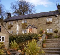 Birchover dog walk and dog-friendly pub, Derbyshire - Peak District dog-friendly pub and dog walk