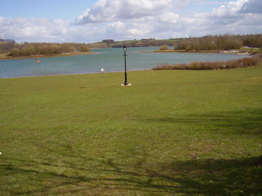 Carsington Water dog walk, Derbyshire - Dog walks in Derbyshire