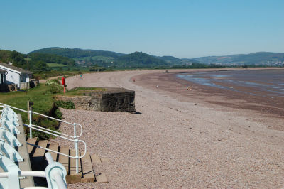 A39 Beachside dog-friendly cafe, Somerset - Driving with Dogs