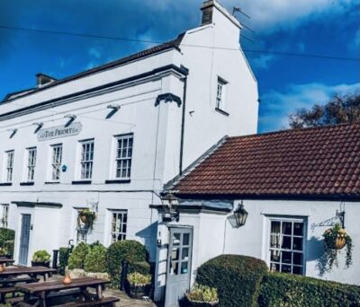 The Priory dog and family-friendly pub near the M5, North Somerset - Driving with Dogs