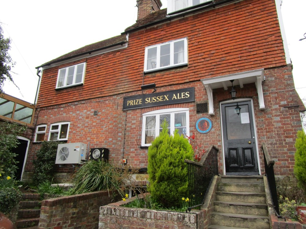 A264 Cowden dog-friendly pub, Kent - Kent dog-friendly pub and dog walk.JPG