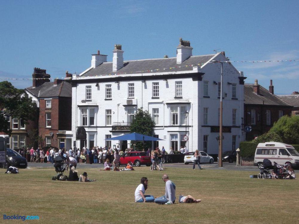 A584 dog walk and dog-friendly pub, Lytham St Anne's, Lancashire - Dog-friendly hotel in Lytham St Annes.jpg