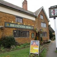 M40 Junction 11 dog-friendly pub and dog walk, Oxfordshire - Dog-friendly pub and dog walk Oxfordshire