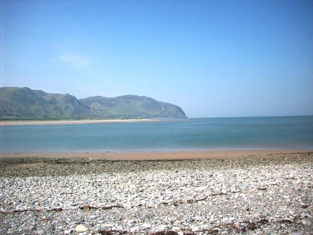 A55 dog-friendly beach and walk near Conwy, Clwyd, Wales - Dog walks in Wales