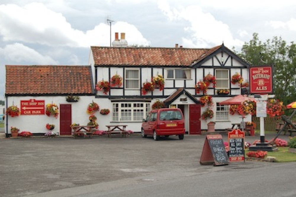 Chapel St Leonards dog-friendly pub, Lincolnshire - Dog walks in Lincolnshire