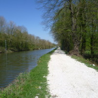 A26 exit 9 Canalside dog walk, France - Image 5