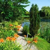 Water gardens of Moulin des Vernes - dog-friendly, France - Image 3