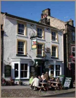 Masham dog-friendly pub, North Yorkshire - Driving with Dogs