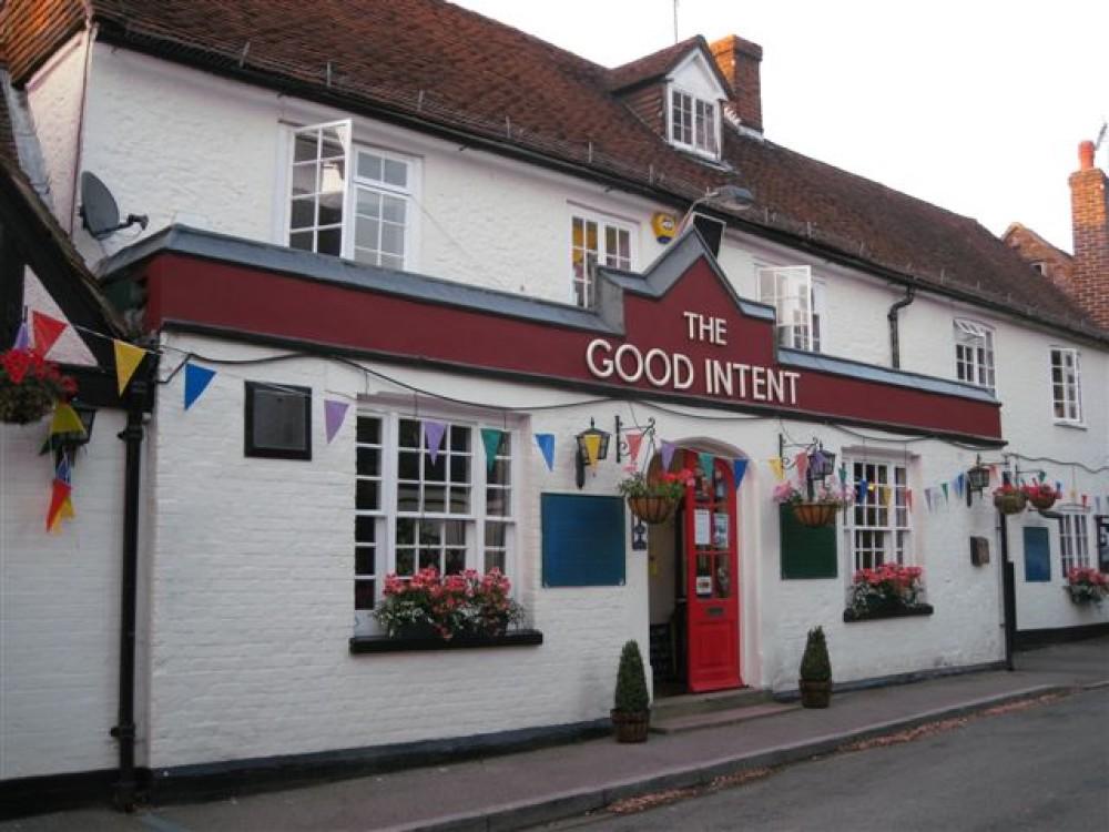 Puttenham dog-friendly pub and walkies, Surrey - Dog walks in Surrey